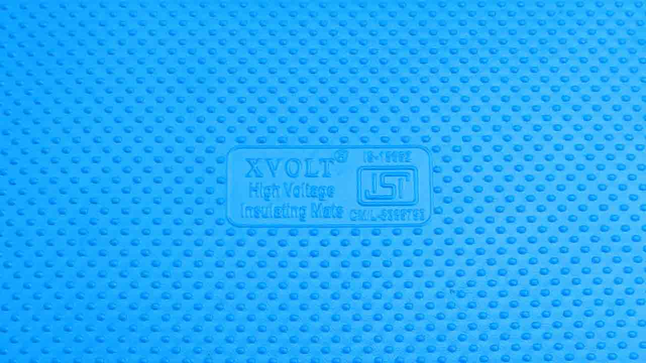 X-Volt Insulating Mats (Blue Colour) ISI Marking Close View